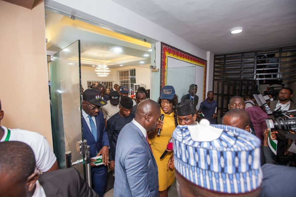 Vice President Yemi Osinbajo arriving the South South Innovation Hub alongside Governor Godwin Obaseki